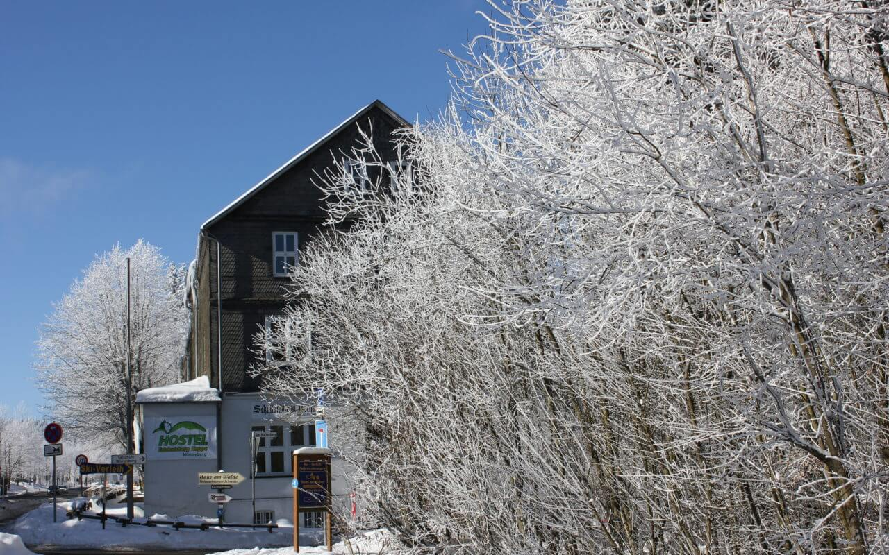 Hostel Erlebnisberg Kappe in Winterberg im Schnee