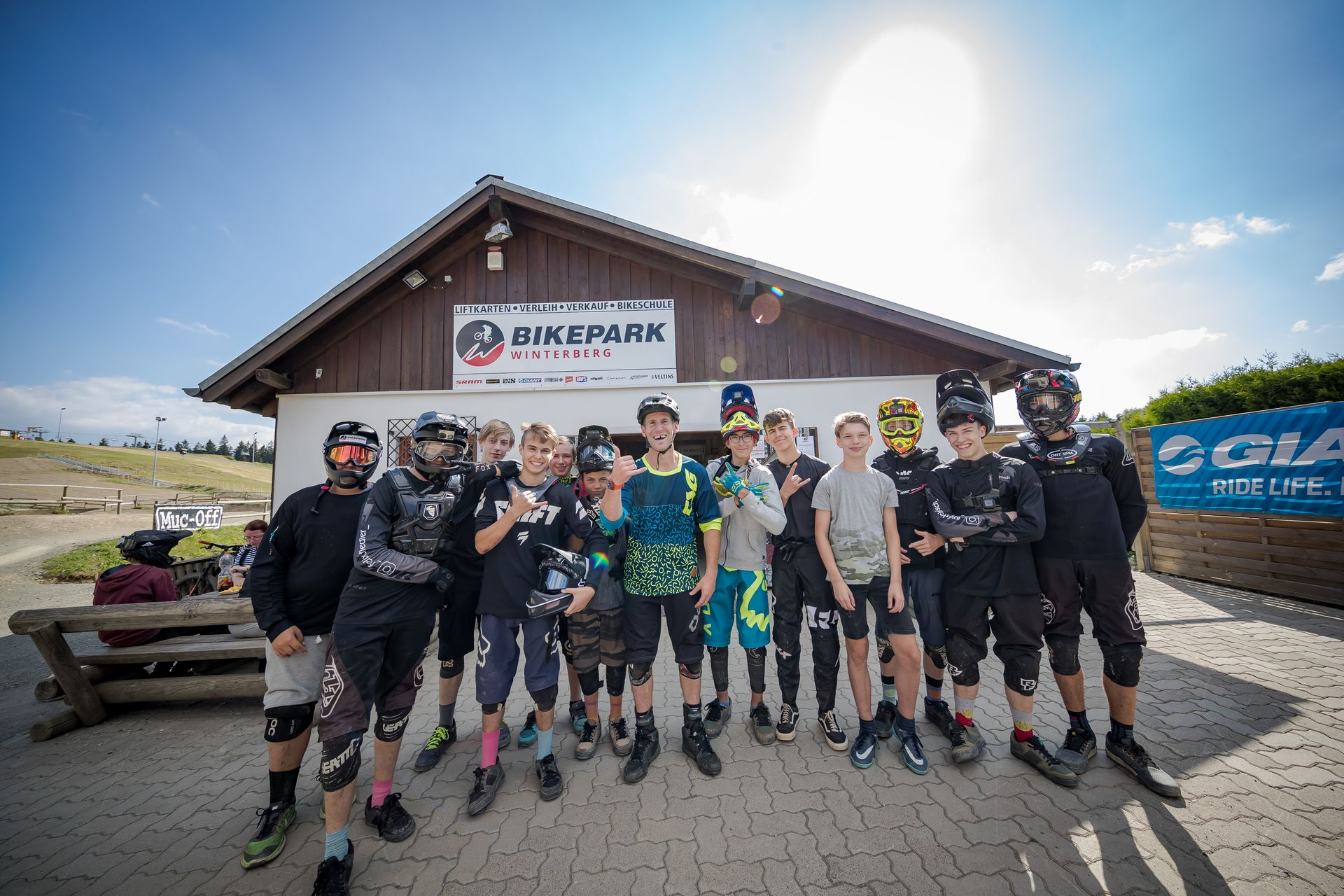 Termine bekannt - Jugendcamps im Bikepark Winterberg und Hostel Erlebnisberg Kappe